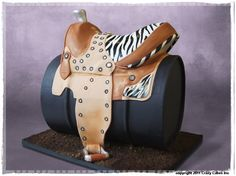 impressive sculpting..(Crazy Cakes-Austin, TX)