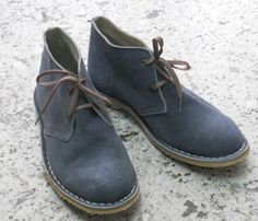 Handmade suede Desert Boots gray by BlueDrop on Etsy Mens Shoes Boots, Suede Shoes, Me Too Shoes, Leather Boots, Men's Shoes, Shoe Boots, Modern Mens Fashion, Sharp Dressed Man, Desert Boots