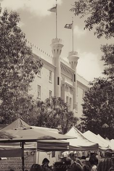 Charleston Farmers Market. OH! I love Charleston Market.  I went there in 2009 and it was beautiful.