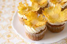 Humming bird cupcakes!