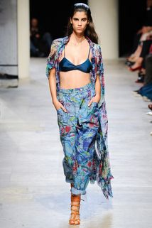 Leonard Spring 2015 Ready-to-Wear - Collection - Gallery - Style.com