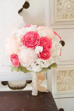 10 Wedding Bouquets That Will Last Forever!