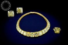 Yellow Diamonds, The Hooker yellow diamond necklace, earings and ring. ..Credit: Laurie Minor-Penland (Smithsonian Institution)