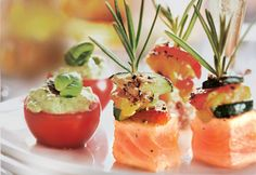 Tomates cerises à la crème d'avocat #recette #bouchee