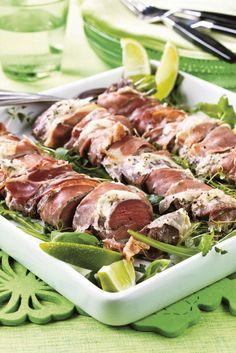 Piparjuurilammas | K-ruoka #pääsiäinen Easter Recipes, Easter Food, Tuna, Asparagus, Sausage, Meat, Vegetables, Koti, Main Courses