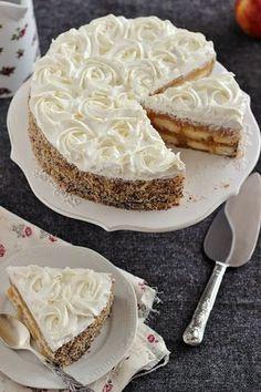 Juditka konyhája: ~ SÜTÉS NÉLKÜLI ALMATORTA ~ Hungarian Cake, Hungarian Recipes, Cold Desserts, No Bake Desserts, Cake Recipes, Dessert Recipes, Sweet Cakes, Sweet And Salty, Winter Food