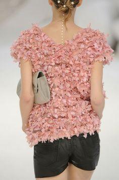 Chanel Spring 2012 - Details