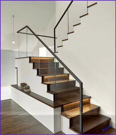 Modern Staircase Design Ideas The staircase is a very important design aspect. Trend Home Stairs Design aspect Design Home Ideas Important Modern Staircase Trend Modern Stair Railing, Stair Railing Design, Staircase Railings, Home Stairs Design, Stair Decor, Interior Stairs, Railing Ideas, Staircase Ideas, Glass Stair Railing