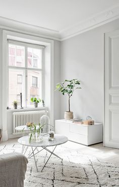 Light home in beige tints - via Coco Lapine Design | #connox #beunique