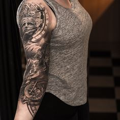 Other side of astronomical 3/4sleeve  #astronomicalclock #sundial #realistictattoo #tatuering #tattoo #radiantcolors #inkeeze #BishopRotary