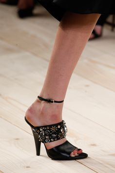 Nina Ricci Spring 2015 Ready-to-Wear - Details - Gallery - Look 93 - Style.com