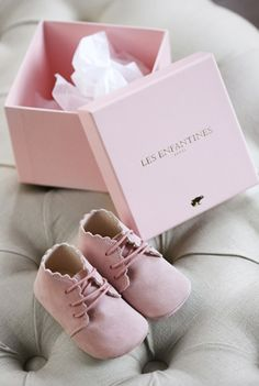 Soft pink baby shoes from Paris
