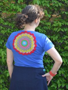 Beautify a t-shirt with this bloom doily mandala...free pattern!