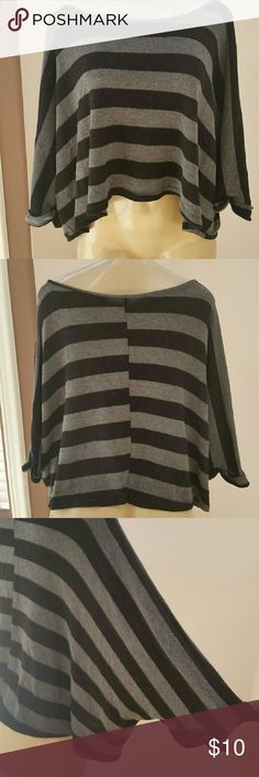 Kimono sleeves stripes top size Medium Loose style good for fall season black and gray stripes Tops Tees - Long Sleeve