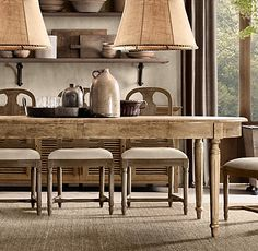Mhy kitchen table French oval wood dining table with fluted legs Restoration Hardware Extension Dining Table, Dining Table Legs, Oval Table, Table Lamps, Restauration Hardware, Vintage Industrial Lighting, Shabby Home, Farmhouse Furniture, Burlap Furniture