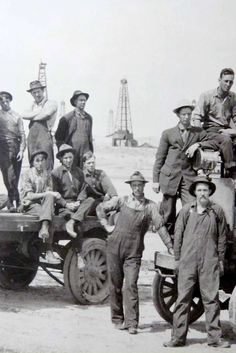 Early 1900s Group Photograph of California Oil Field