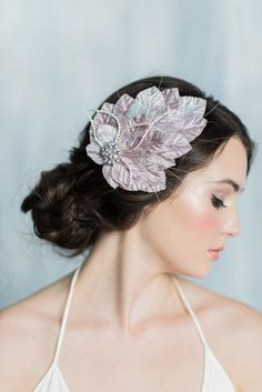 EDITH Velvet Leaf Fascinator Headpiece by: Blair Nadeau Millinery Photography by: Whitney Heard Photography Makeup by: Maya Goldenberg Hair by: Duyen Huynh