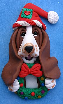 Basset Hound Christmas Pin, via Flickr.