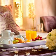 Good Morning Mr. and Mrs.! Enjoy your first breakfast in bed as a married couple. #louisimperialbeach #honeymoon #ido
