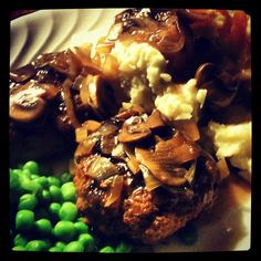 The Adventures of Kitchen Girl: Salisbury Steaks with Mushroom and Onion Gravy    OMG so delicious, easy and economical to boot!