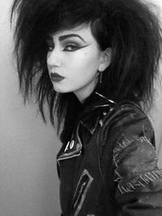 I love punk/ Goth music and I hate people who judge me because of my looks. 80s Goth, 80s Punk, Punk Goth, Punk Makeup, 80s Makeup, Hair Makeup, Dark Beauty, Gothic Beauty, Gothic Hair