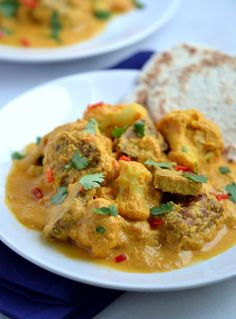 Tempeh & Cauliflower Pasanda . Quite possibly the best vegan curry ever! | coconutandberries.com