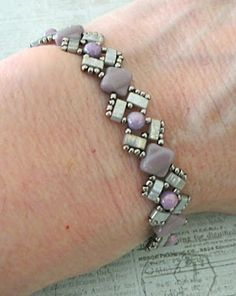 Linda's Crafty Inspirations:  Lucy Bracelet - Pale Lilac & Silver.  free pdf   ~ Seed Bead Tutorials