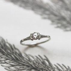 Image of *NEW* platinum 4.0mm rose cut diamond ring (IOW40)