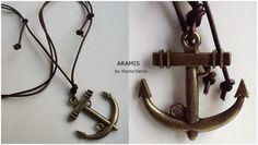 Recto/Verso - Acessórios de Moda: Colar cordão Âncora - coleção ARAMIS. Colar cordão masculino de couro grego marrom, ajustável, com pingente de âncora em metal ouro velho. Medida do pingente 4cmX4cm. Visite o blog http://rectoversoacessoriosdemoda.blogspot.com.br/