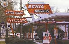 Sonic Drive-In, Texas, First ones we had in town, went out of business Sonic Restaurant, Restaurant Signs, Vintage Restaurant, Vintage Diner, Vintage Signs, Vintage Ads, Vintage Food, Vintage Stuff, Vintage Items