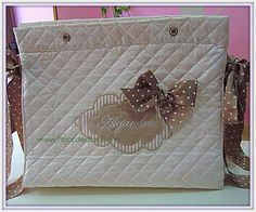 Bolsa de carricoche personalizada para tu bebé, la puedes encontrar en ft bordados