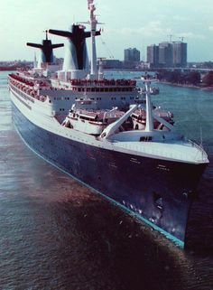 The Norway, leaving the port of Miami in the early 80's. Loved this ship...