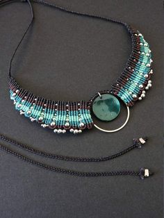 Micro macrame necklace with fil de Jade by Plume Caline. 40€ on Etsy