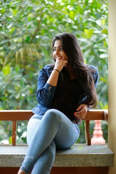 Indian Actress Hot Pics, Tamil Actress Photos, Indian Actresses, Beautiful Women Pictures, Telugu Cinema, Girls In Leggings, Telugu Movies, Beauty Full Girl, Indian Girls