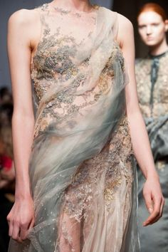 Yiqing Yin Haute Couture Fall/Winter 2014.