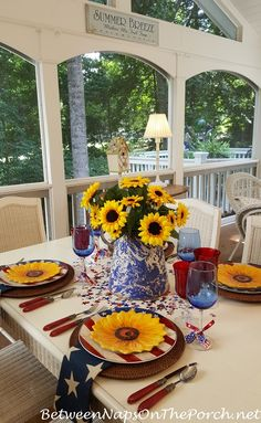 4th of July Table Setting with Sunflower Centerpiece