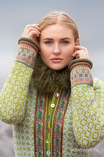 Ravelry: Mother Åse's Jacket pattern by Sidsel J. Fair Isle Knitting Patterns, Fair Isle Pattern, Sweater Knitting Patterns, Vintage Knitting, Free Knitting, Sock Knitting, Fair Isles, Techniques Couture, How To Purl Knit