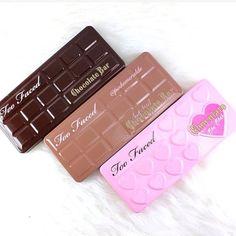 Les 3 incontournables palette de Too Faced ( Chocolate bar, chocolate bar semi sweet, chocolate bon bons ) la palette vaut 44 € chez Sephora