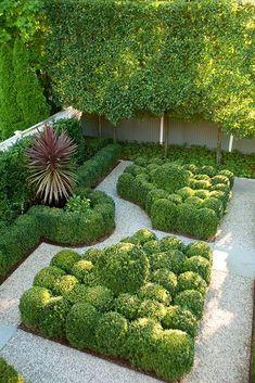 Boxwood Landscaping, Boxwood Garden, Modern Landscaping, Outdoor Landscaping, Landscape Design Plans, Garden Design Plans, Formal Gardens, Small Gardens, Baumgarten
