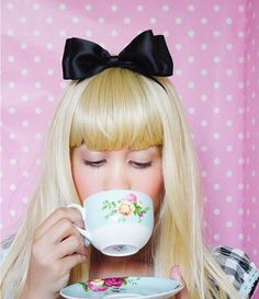 Alice In Wonderland Bow headband bow black satin ribbon hair accessories for women stretch headbands Ribbon Headbands, Stretchy Headbands, Ribbon Hair, Ribbon Bows, Alice Halloween, Baby Halloween Costumes, Halloween Headband, Halloween 2016, Halloween Ideas