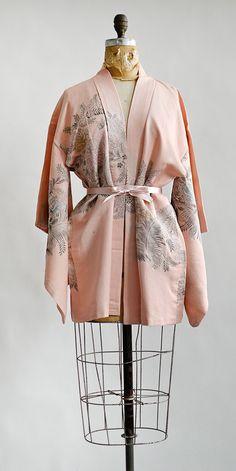 vintage pink silk haori kimono with garden print | Garden of Delights Kimono #vintagekimono #kimono