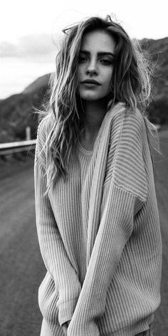 Faces So Beautiful It Hurts - Bridget Satterlee list High Fashion Photography, White Photography, Portrait Photography, Amazing Photography, Photography Ideas, Shotting Photo, Bridget Satterlee, Foto Casual, Photoshoot Inspiration
