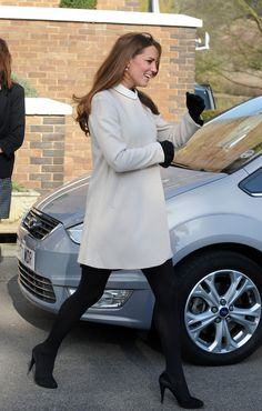 Kate Middleton Photo - Prince William and Kate Middleton Out in London 2