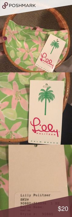 Brand New Lilly Pulitzer Floral Basket Bag Lilly Pulitzer Green and Pink Floral Basket Bag Purse. Brand New With Tags!! Evergreen Print with Wicker Handle Lilly Pulitzer Bags Mini Bags