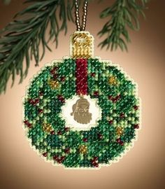 Emerald Wreath - Mill Hill Christmas ornament cross stitch kit