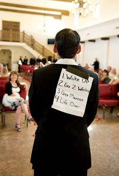 25 Funny Wedding Photography examples for your inspiration. Follow us www.pinterest.com/webneel