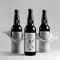 Underground Beer Club Bottles Booze Drink, Honey Packaging, Craft Packaging, Beverage Packaging, Bottle Packaging, Simple Packaging, Pretty Packaging, Package Design, Artisan Beer