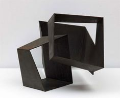 [Escultura] «Construcción con tres cuboides vacíos», Jorge Oteiza Contemporary Sculpture, Contemporary Art, Steel Sculpture, Modern Artists, Abstract Sculpture, Geometric Sculpture, Action Painting, Land Art, Installation Art