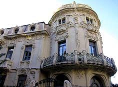 Palacio Longoria: Modernismo en Madrid.