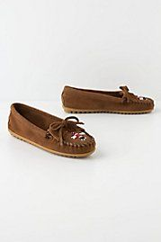 I wanna pair of Moccasins for Christmas. . .I dont think Santa Claus will mind do you?